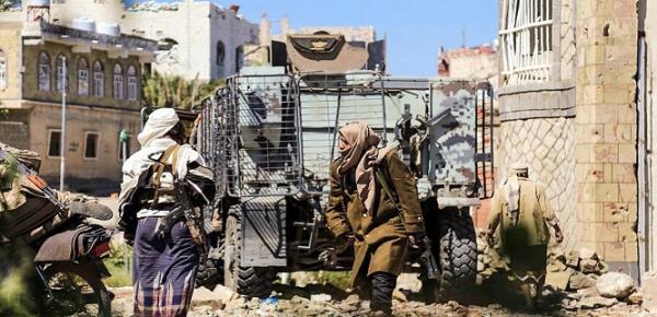 تجدد الاشتباكات المسلحة بين قوات اللواء 22 ميكا وكتائب أبي العباس بمدينة تعز