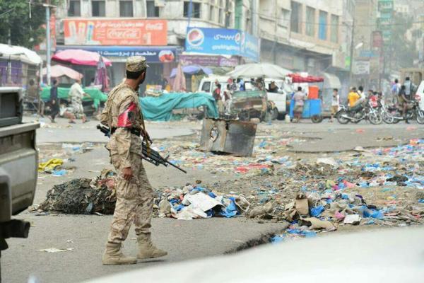 تعز.. اشتباكات مسلحة واغتيالات في ظل انفلات أمني تشهده المدينة