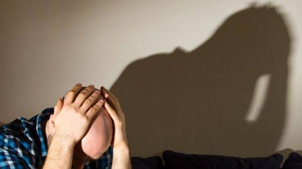 الرجال &#34أكثر عرضة من النساء&#34 لمعاناة مشاكل عقلية ناجمة عن العمل