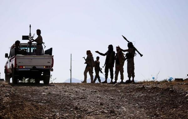 تجدد المعارك في محيط معسكر التشريفات والقصر الجمهوري شرقي مدينة تعز عقب هجوم للحوثيين