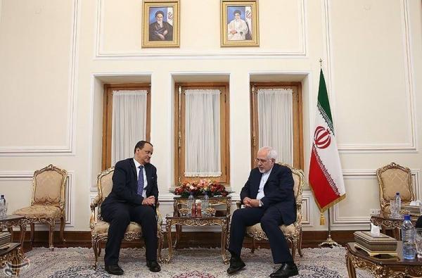 ولد الشيخ يلتقي وزير الخارجية الايراني في طهران