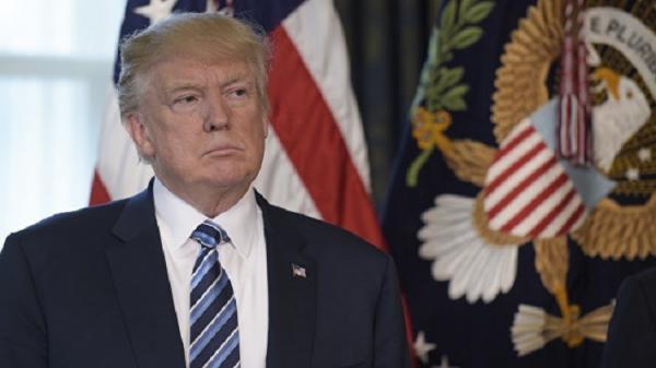 مسؤول سابق في الإدارة الامريكية يكشف عن مؤامرة في البيت الأبيض للإطاحة بترامب