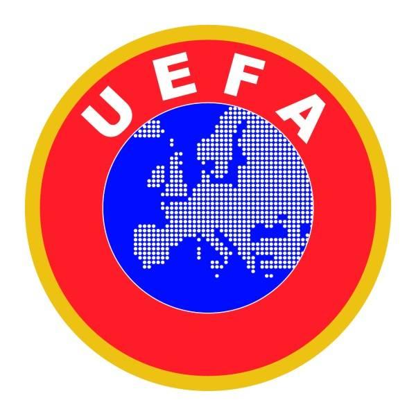 رونالدو وروبن ونوير يتنافسون لنيل جائزة أفضل لاعب في أوروبا