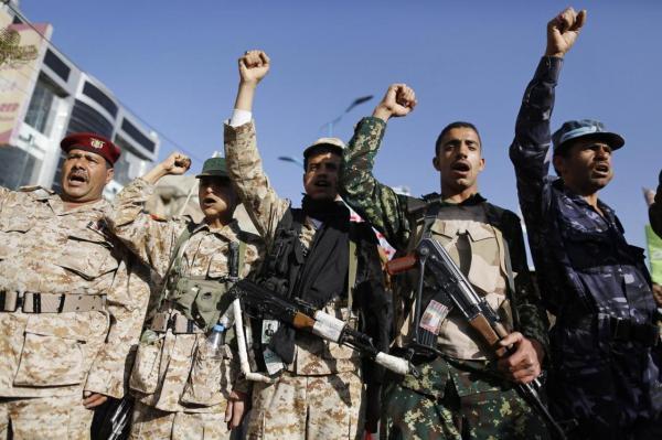 مليشيا الحوثي تطلق النار على أحد عناصرها بصنعاء عقب انشقاقه عنها