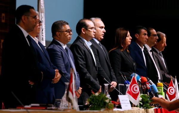 هيئة الانتخابات في تونس تقبل 26 مرشحا بانتخابات الرئاسة