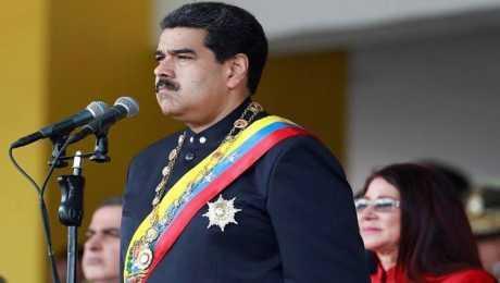مادورو يأمر بمناورات عسكرية ردا على تهديدات ترامب