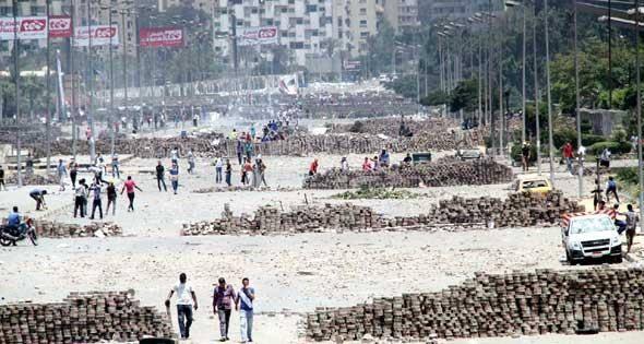 فى ذكرى فض رابعة.. من الشعب المصرى إلى الإخوان: نشكركم على حسن غباءكم