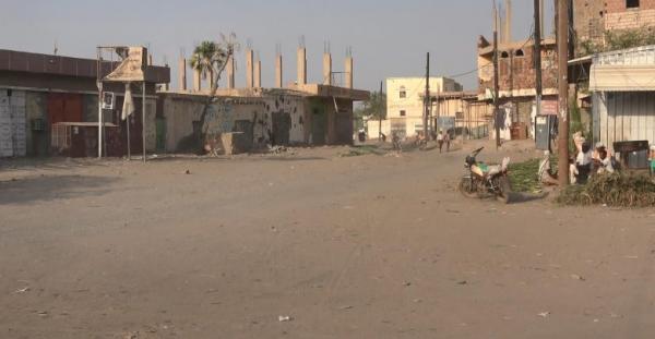 تعزيزات حوثية كبيرة وقصف طال أسواقاً شعبية في حيس جنوب الحديدة