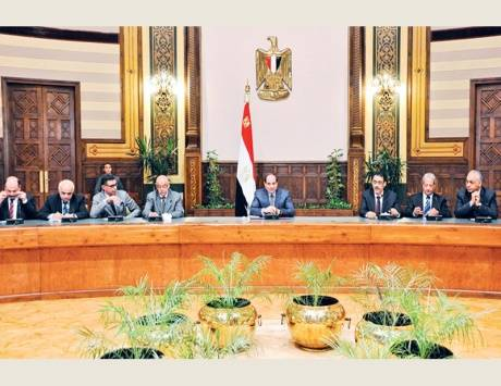 """السيسي: تحالف تقوده تركيا وقطر و""""الإخوان"""" لبث الفوضى"""