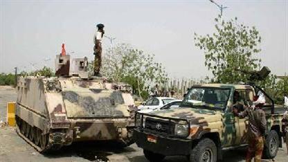 الرئاسة بصدد اتخاذ إجراءات صارمة.. ودبابات الجيش تحتشد حول مداخل العاصمة