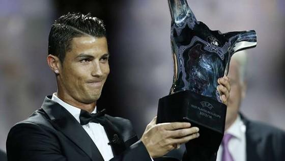 رونالدو يفوز بجائزة أفضل لاعب كرة قدم في أوروبا