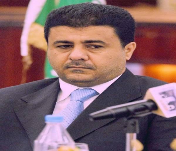 العيسي يطلع على استعدادات المنتخب الوطني للمشاركة بخليجي 22