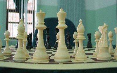 4 ميداليات ملونة لشطرنجيات اليمن بالأردن