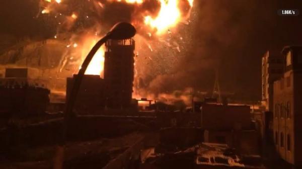صور - حرائق جراء القصف الجوي في العاصمة صنعاء