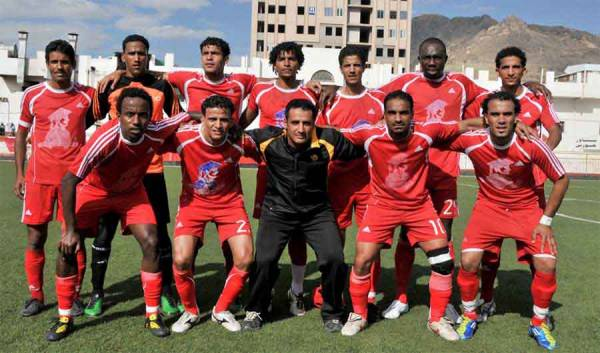 أهلي صنعاء ينفرد بصدارة الدوري لكرة القدم على حساب اتحاد إب