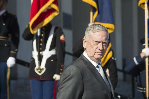 وزير الدفاع الأمريكي السابق: أحبطنا هجمات إرهابية إيرانية داخل أراضينا كانت ستغير التاريخ لو نجحت
