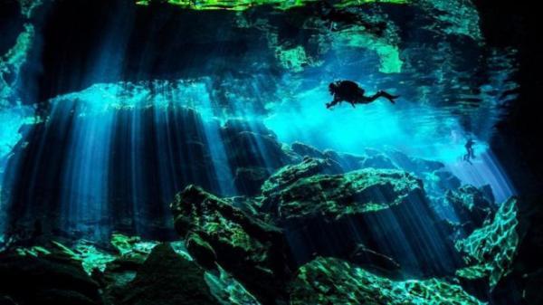 كهوف غامضة تحت الماء في المكسيك عمرها ملايين السنين