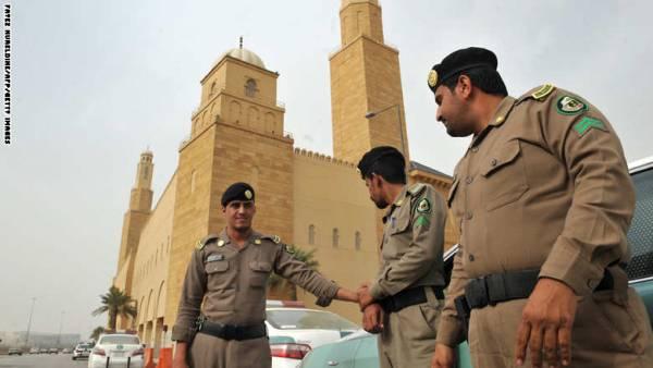 السجن لـ5 سعوديين اتبعوا كويتياً ادعى أنه &#34رسول الله المهدي السفاح&#34