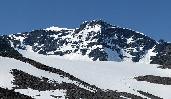 ذوبان الجليد يُفقد أعلى قمة في السويد مركزها الأول بعد أن احتلته لمدة 139 عاما