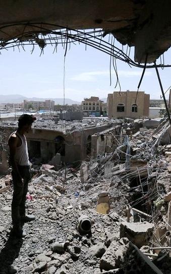 """شواهد """"القبح الغربي"""" في اليمن"""