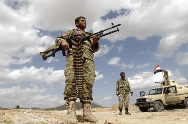 الجيش يؤمن موقعا بمأرب