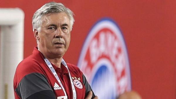بايرن ميونيخ يقيل مدربه أنشيلوتي بعد الهزيمة أمام سان جيرمان