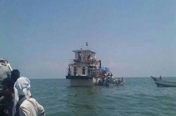 استقبال رسمي وشعبي للسفينة المفقودة في سقطرى بعد إنقاذها من قبل مؤسسة خليفة