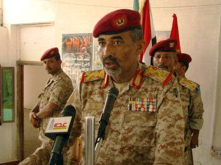شيخ قبلي يشكو &#34مناطقية&#34 قائد اللواء 31 مدرع بعدن للواء الصبيحي