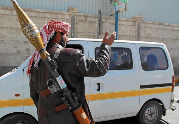 استنفار غير معلن لمليشيا الحوثي الإرهابية بذمار