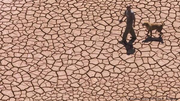تقرير دولي يحذر البشرية من وتيرة ارتفاع درجات الحرارة الأرض