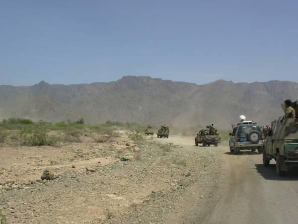 تعزيزات عسكرية تصل البيضاء تحسبا لاعمال ارهابية