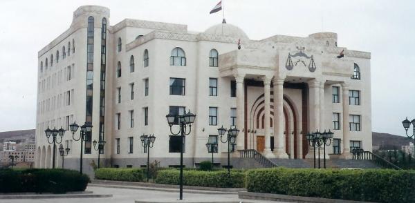 النائب العام يوجه النيابة بالتحقيق مع وكيل العاصمة &#34السقاف&#34 (وثيقة)