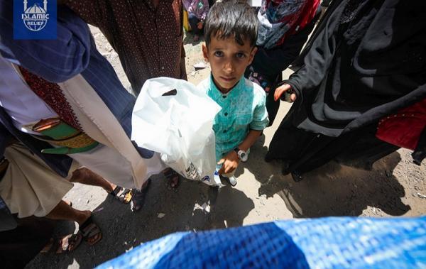 """""""غلوبال بوست"""": مخاوف من كارثة إنسانية في اليمن بسبب فرض الحوثيين قيوداً على مجموعات الإغاثة"""