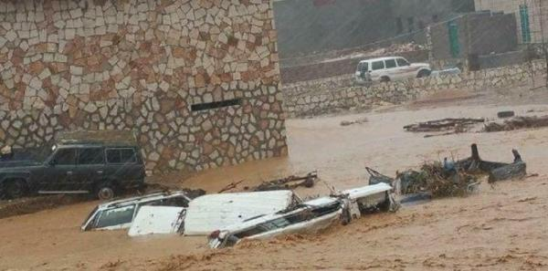 التأثير المباشر لإعصار &#34لبان&#34 يبدأ السبت على المهرة وسقطرى وظفار بأمطار غزيرة ورياح قوية