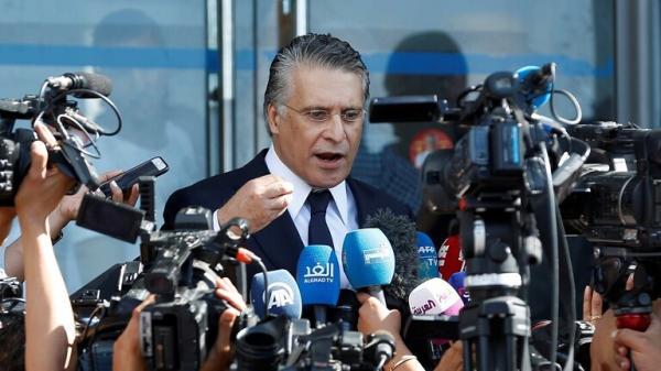 تونس: الكتل البرلمانية الكبرى تنأى بنفسها عن حكومة النهضة