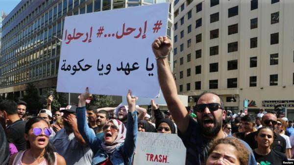 """""""توقف قسري"""" للمحطات في لبنان.. وأزمة خبز تلوح في الأفق"""