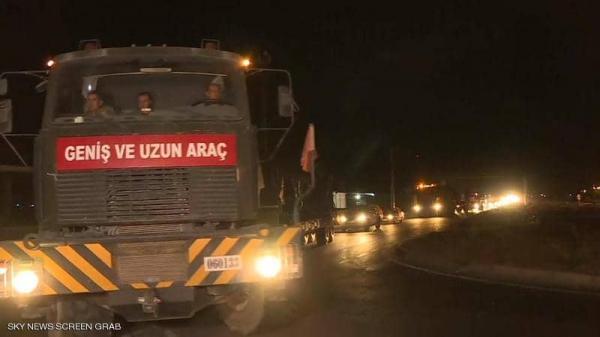 تعزيزات عسكرية تركية تصل إلى الحدود مع سوريا