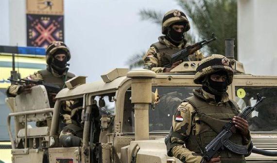 مقتل سنة جنود مصريين في هجوم في العريش بشمال سيناء