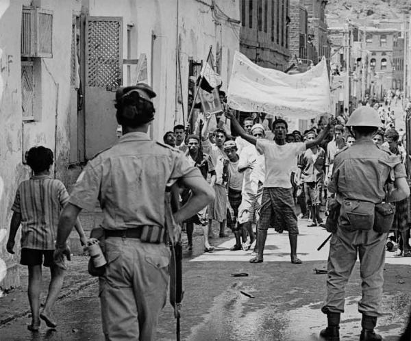 في ذكرى ثورة الـ14 من أكتوبر.. ملحق الدفاع البريطاني لدى السعودية واليمن: لم تدخل قوة لغزو اليمن إلا وهُزمت