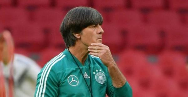 بعد الخسارة أمام هولندا بثلاثية: &#34أمسية مرعبة&#34 بالنسبة الى الصحف الألمانية