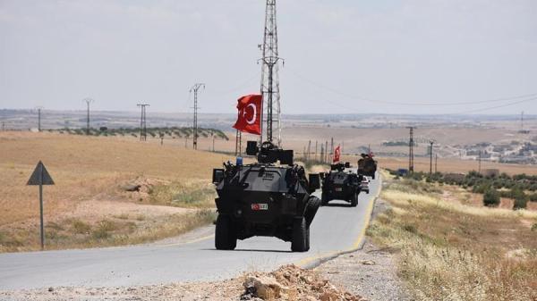 باريس تحشد أوروبياً لـ«عزل» تركيا على خلفية الهجوم شرق سوريا