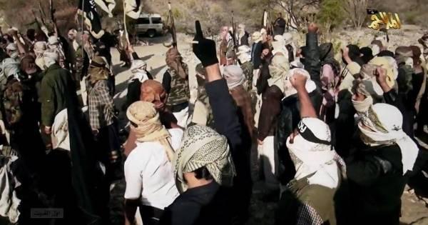 &#34القاعدة&#34 في اليمن يعلن مناصرة &#34الدولة الإسلامية&#34