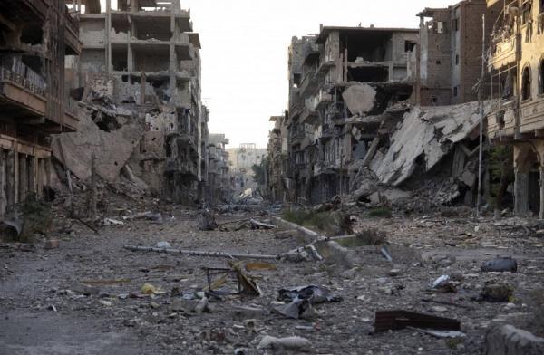 جثث متعفنة وزنازين خالية في مدينة الرقة السورية بعد طرد تنظيم داعش