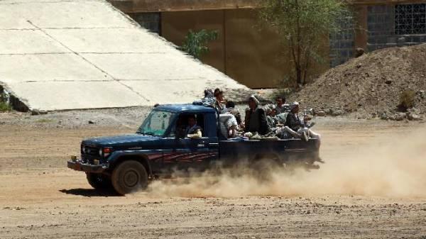 تفاصيل معارك الحوثيين والقاعدة برداع وأنباء عن مقتل 20  وأسر 11 آخرين