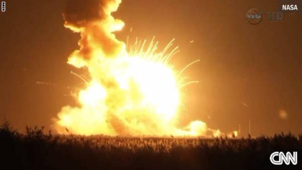 ناسا: انفجار صاروخ غير مأهول بعد إطلاقه بثوان الثلاثاء