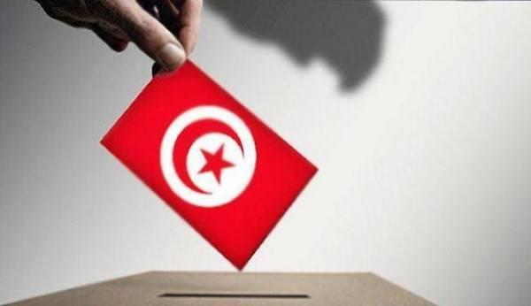 بدء حملة الانتخابات الرئاسية في تونس
