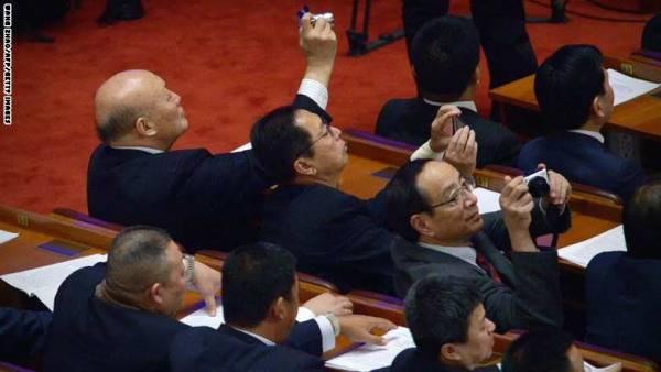 الصين تصدر قانوناً يوسع حق المواطن في مقاضاة الحكومة