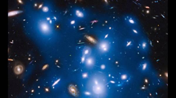 &#34هابل&#34 يرصد ضياء مجرات قديمة اختفت قبل مليارات السنين