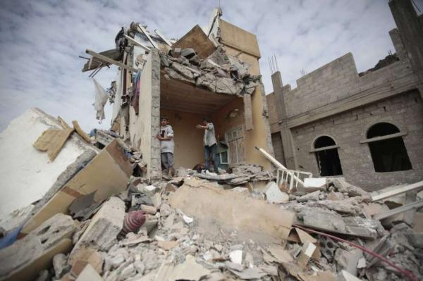 خبراء أمريكيون: الهدف من إغلاق المنافذ اليمنية الهروب من الاعتراف بالفشل