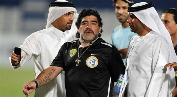 مارادونا في دبي: العرب أكرموني وبلاتر يحاربني ويشوه صورتي